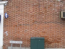 north-harrow-cadburys-wall